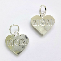 10 Silver Plated  18mm MOM Message Heart Charms
